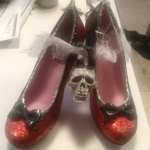 Sexy Dorothy heels size 10 - great for Halloween